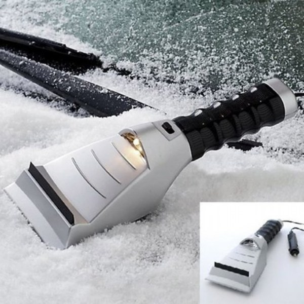 Auto Effects Heated Ice Scraper